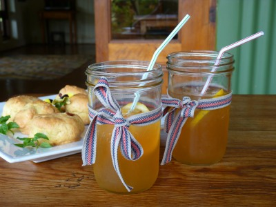 Ice tea and scones